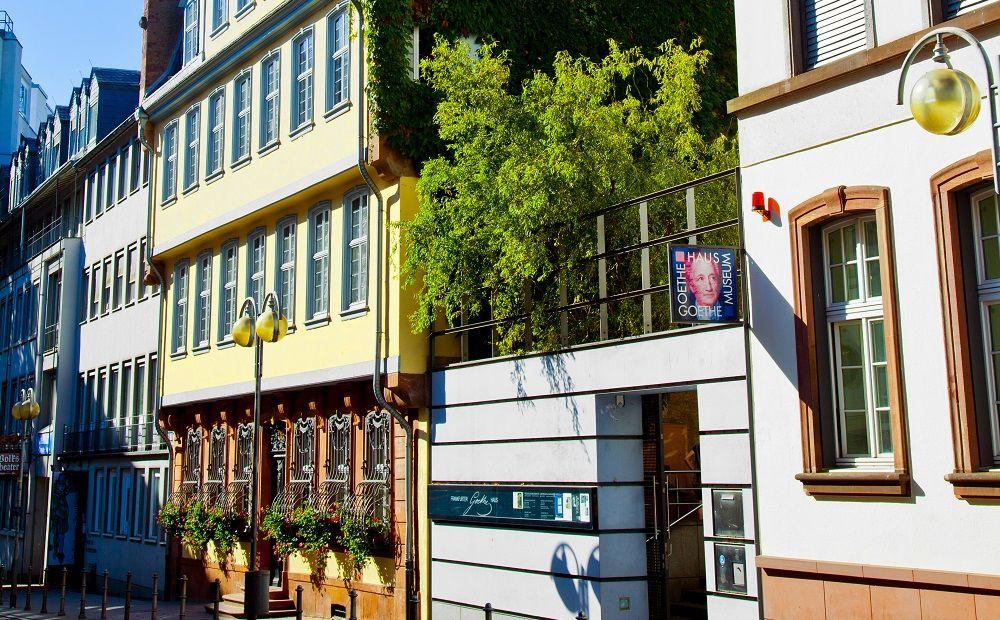 Günstige Parkhäuser Frankfurt