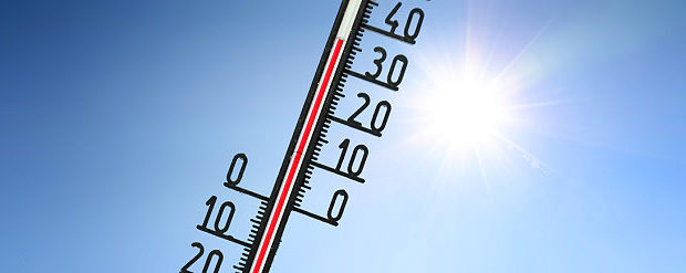 Thermometer zeigt 35 Grad